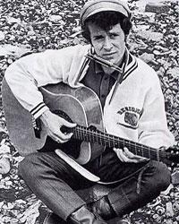 Il vento dell'est Gian Pieretti Testo e accordi per chitarra