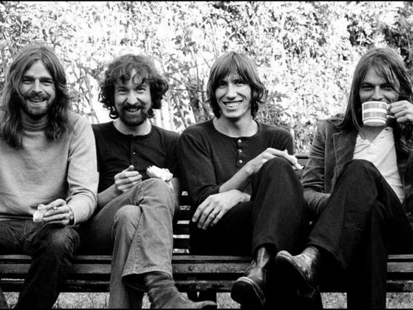 Learning To Fly Pink Floyd Testo e accordi per chitarra