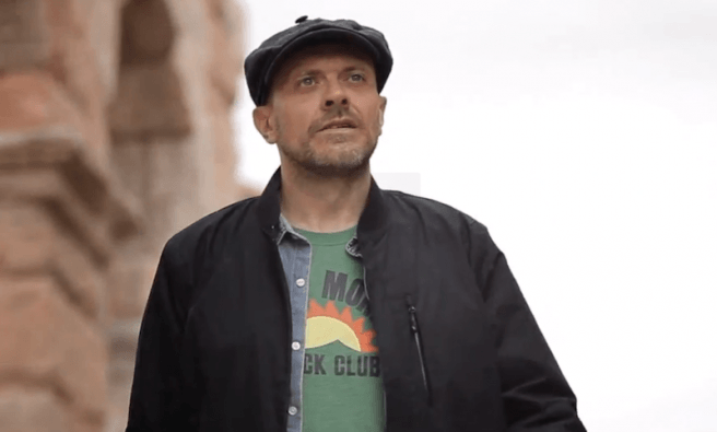 Lo Strano Percorso Max Pezzali (883) Testo Accordi per Chitarra